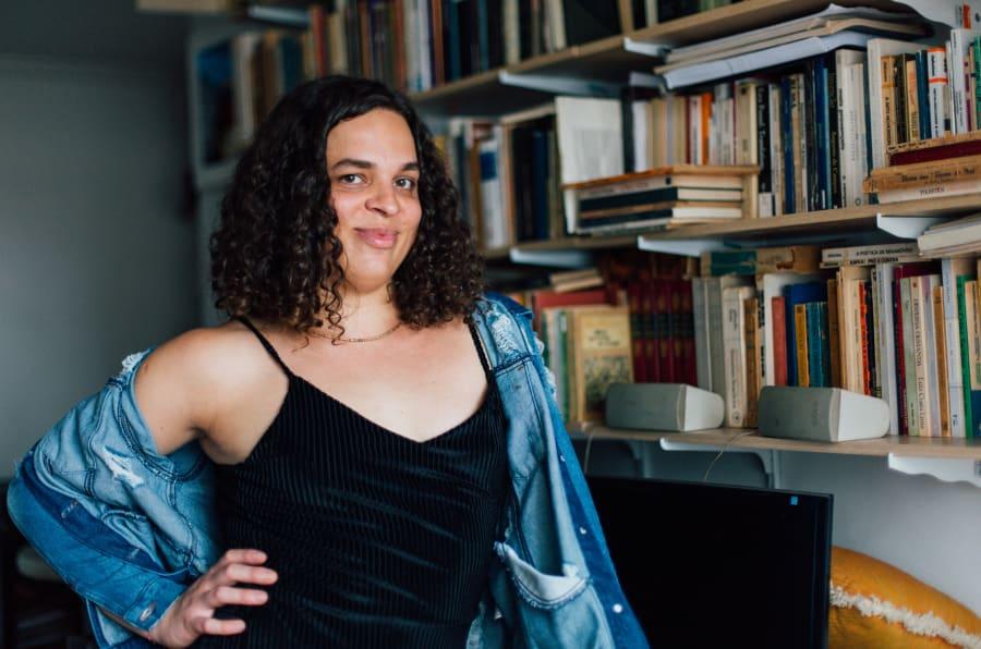 Amara Moira é considerada a primeira trans a defender doutorado pela Unicamp.