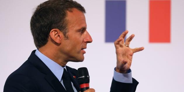 Emmanuel Macron reconnaît le caractère antisémite d'un meurtre commis en 2003.