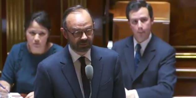 """Panne à Montparnasse: Édouard Philippe veut """"consacrer beaucoup plus de moyens à l'entretien des réseaux existants"""""""