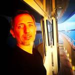 Gad Elmaleh révèle les coulisses (pas glamour) de ce