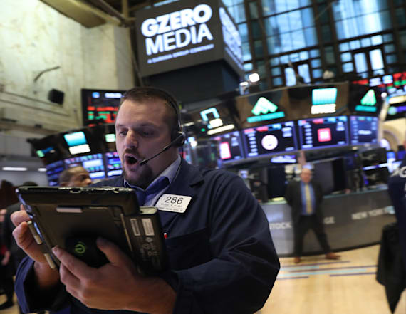 Dow closes down more than 500 points