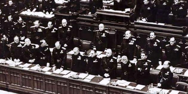 Benito Mussolini durante il discorso del 3 gennaio 1925
