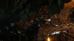 Tous les enfants prisonniers de la grotte en Thaïlande et leur entraîneur ont été