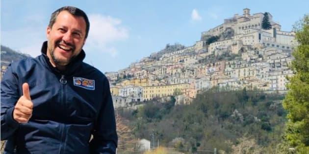 """Salvini esulta dopo la vittoria in Basilicata: """"7 0, sa"""