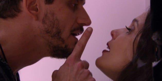 Esta não é a primeira vez que marcos é agressivo no relacionamento que mantém com Emily na casa.