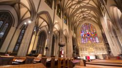 Un homme arrêté à la cathédrale de New York avec des bidons