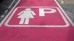 La Costituzione ci difende dai parcheggi rosa di