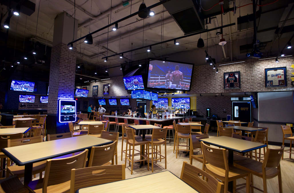 1f9280cbb99 A federal lawsuit filed on Monday by a former employee of an Overland, Kan. Buffalo  Wild Wings alleges that managers repeatedly made racist comments about ...