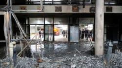 Les lycéens poursuivent les blocages, un établissement partiellement