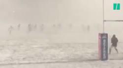 Rien, pas même la neige ni le blizzard, n'arrête un Anglais qui joue au