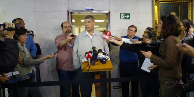 O presidente da Câmara, Milton Leite, participou de coletiva após ocupação da câmara por pessoas que reivindicavam uma discussão pública do plano.
