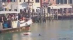 La ville de Venise va payer les funérailles du migrant mort noyé sous les insultes de