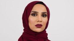 L'Oreal licenzia la testimonial con l'hijab, Amena Khan, a causa dei tweet contro