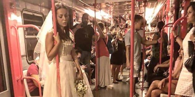 Una sposa triste si aggira per le vie di Milano. Il mistero