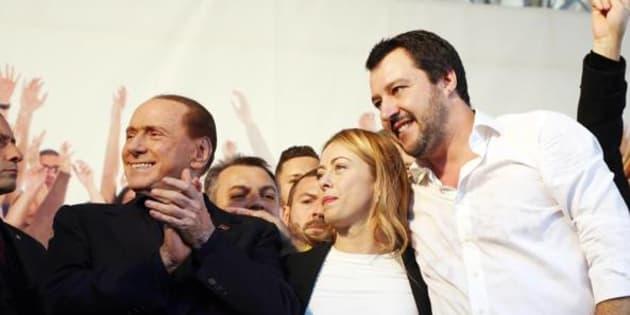 Berlusconi concluderà il tour per le regionali a Palermo e Catania