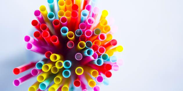 Les pailles en plastique qui polluent les océans seront bientôt interdites par l'UE.