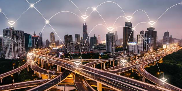 A revolução industrial vai integrar ainda mais o mundo ciberfísico.