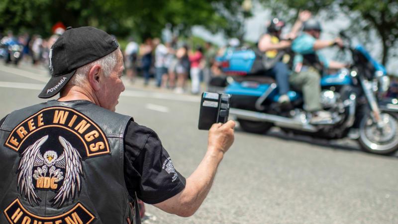 Apple sagt, dass Motorradvibrationen die iPhone-Kameras beschädigen können€
