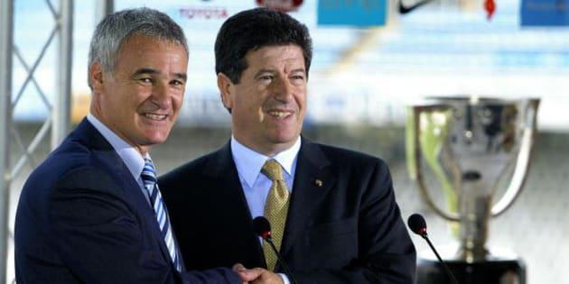 Jaume Ortí, a la derecha, durante la presentación del entrenador italiano Claudio Ranieri.