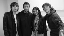 Liam Gallagher pose avec sa fille de 21 ans qu'il rencontre pour la première