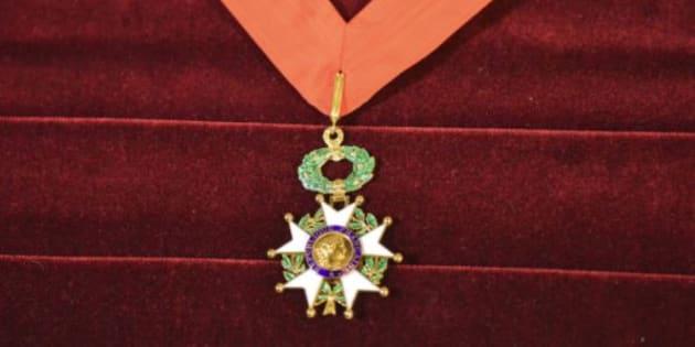 Pour sa première promotion de la Légion d'honneur, Macron a distingué 5 fois moins de personnalités que Hollande (Image d'illustration).
