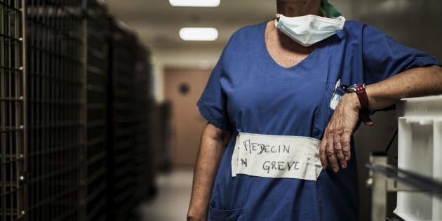 Tarification à l'acte: la fausse-bonne idée qui a conduit l'hôpital au burn-out.