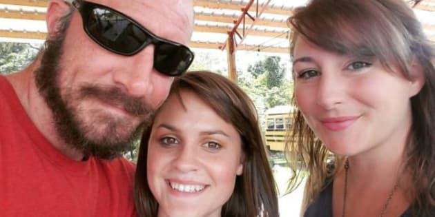 Les conseils féministes de ce père à ceux qui veulent sortir avec ses filles (Jeff Welch célèbre les 16 ans de sa fille Jade)