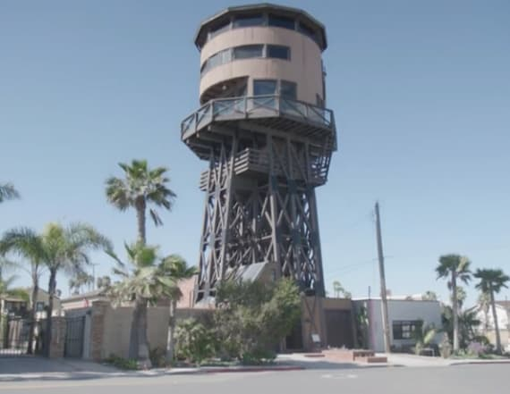 California landmark rental is over 90 feet tall