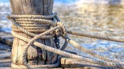 Portuale muore schiacciato da un carrello elevatore al porto di marina di