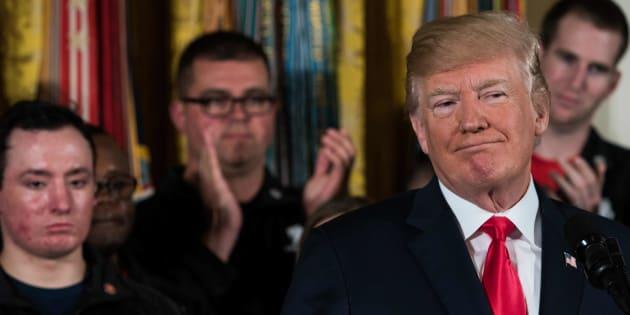 El presidente de Estados Unidos, Donald Trump, sonríe en un evento en la Casa Blanca en Washington, DC, el 26 de abril de 2018.