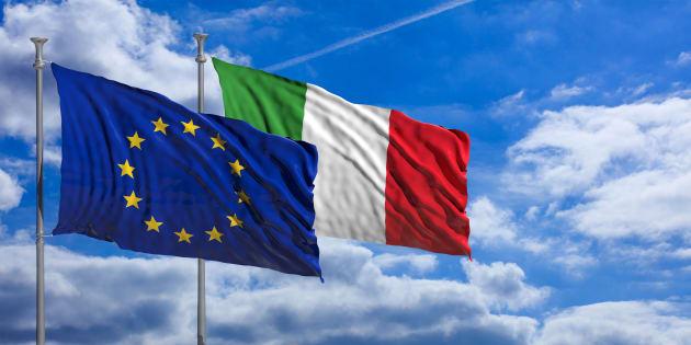 Due bandiere. Il 21 ricordiamo che l'identità europea è plur
