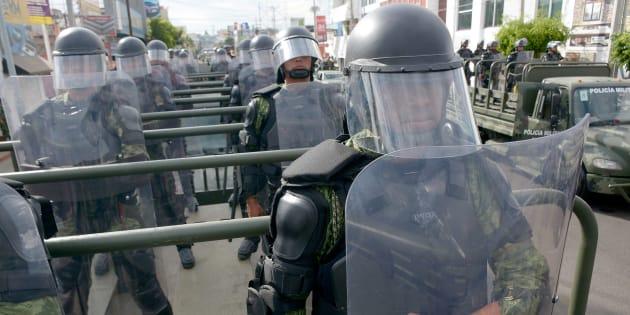 La Guardia Nacional propone una policía militarizada bajo un mando castrense.