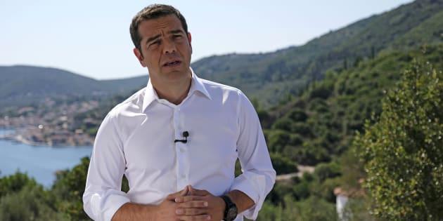 En Grèce, Alexis Tsipras a choisi ce 21 août un lieu hautement symbolique de la mythologie, l'île d'Ithaque, pour parler de la sortie des plans d'aide.