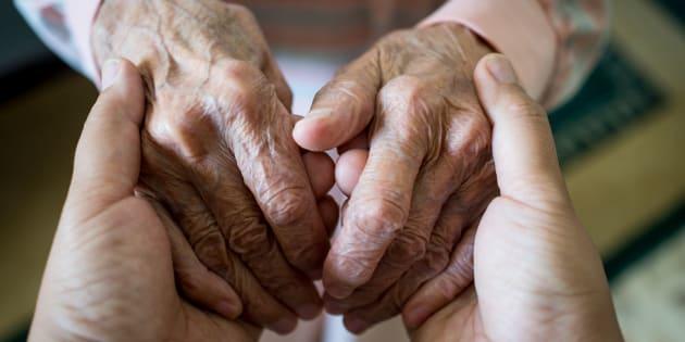 Voici comment, tous ensemble, nous pouvons améliorer le quotidien des personnes âgées.