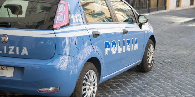 Spinge bambina di sei anni in un portone e prova ad abusarne |  a Milano è caccia al