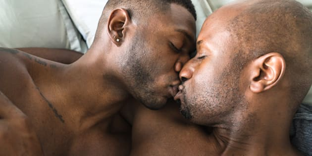 Cette étude IFOP prouve que la sexualité entre hommes est bien plus versatile que ce qu'en disent les clichés.