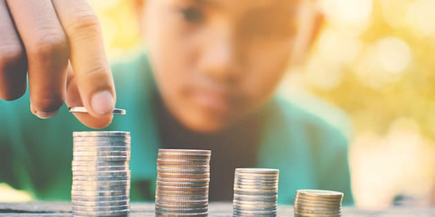 Es importante enseñar a los niños el concepto de dinero desde el principio.