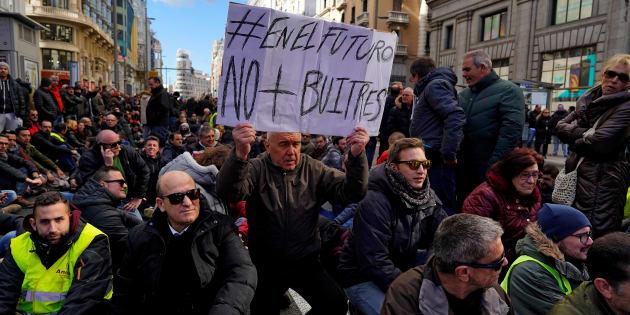 Taxistas durante la huelga en Madrid.