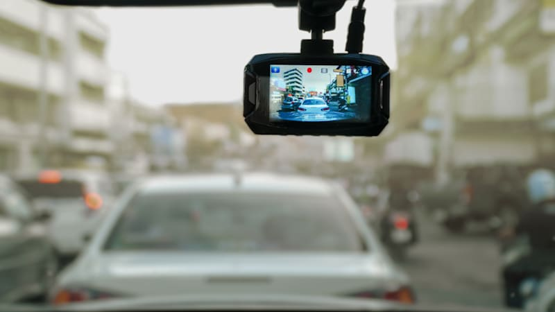 Dash cam pros and cons | Autoblog