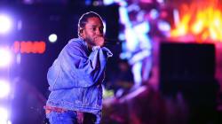 Kendrick Lamar Stops White Fan Rapping N-Word