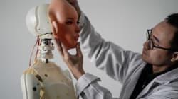 Visitez cet atelier produisant des poupées sexuelles parlantes en
