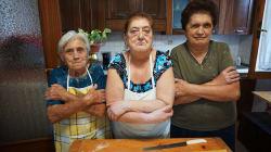 Abuelas italianas nos enseñan a hacer una pasta