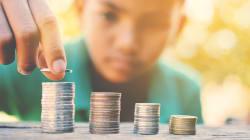 Cómo enseñarle realmente el valor del dinero a tus