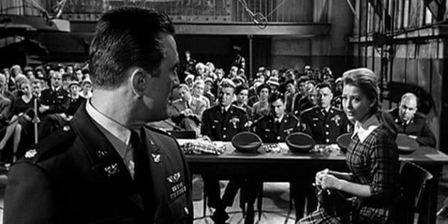 Fotograma de la película 'Ciudad sin piedad', de Gottfried Reinhardt (1961).