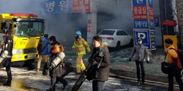 Corée du Sud: Un incendie fait au moins 41 morts dans un hôpital.