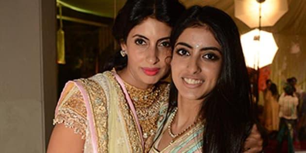 (L-R) Shweta Nanda Bachchan with daughter Navya Naveli Nanda.