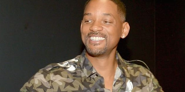 SAN DIEGO, CA - JULY 23:  Actor Will Smith from the cast of Suicide Squad film participates in an autograph session for fans in DC's 2016 Comic-Con booth at San Diego Convention Center on July 23, 2016 in San Diego, California.  (Photo by Charley Gallay/Getty Images for DC Entertainment)