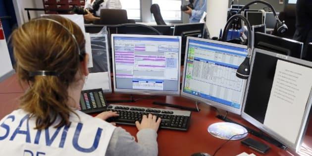 (Photo d'illustration: une opératrice du Samu de Paris, le 22 août 2012)