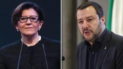 Elisabetta Trenta dalla Difesa all'attacco di Matteo Salvini: