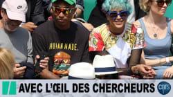 Pharrell Williams et sa femme ont bravé la pluie pour assister au match de
